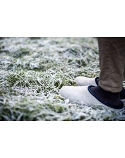 Backless felt slippers of virgin sheep wool grey-blue, handmade by Haunold