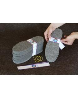 La produzione di suole per pantofole ha una lunga tradizione nei laboratori dei cappellai del Tirolo