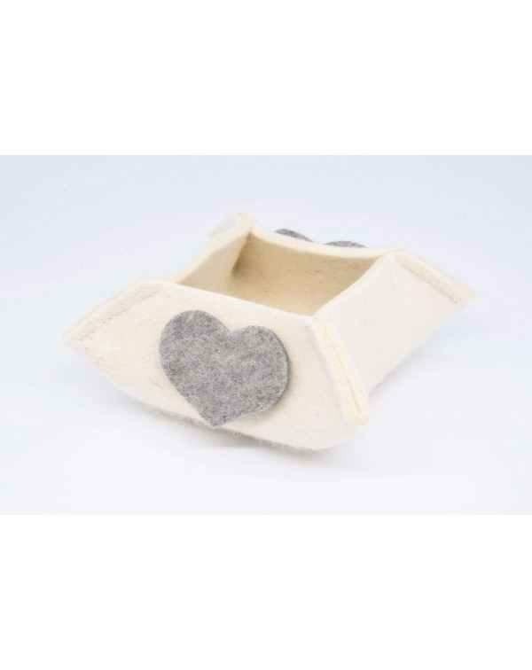 Haunold felt box of fine merino wool, wool white with grey hearts, small