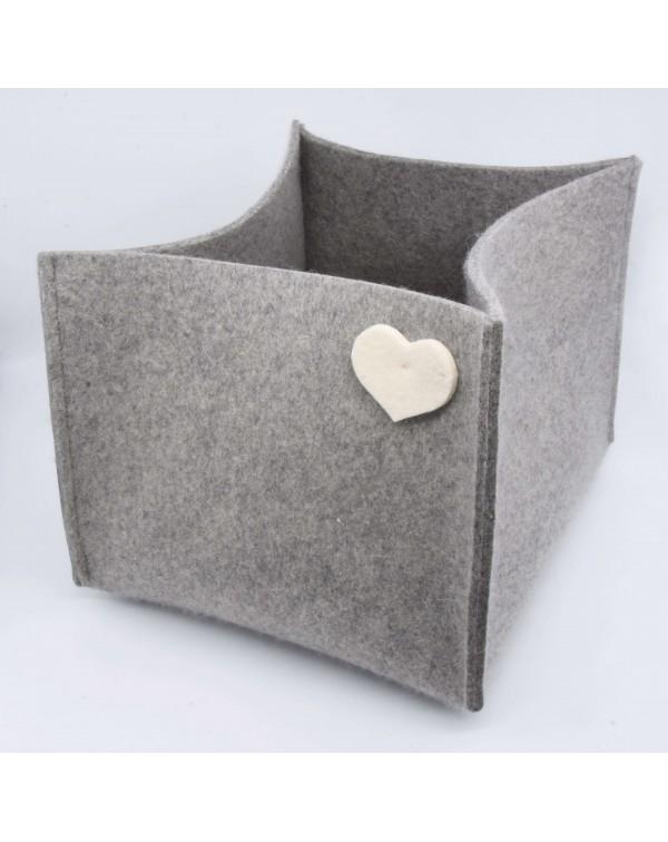 Haunold magazine holder of fine merino wool, grey with white hearts