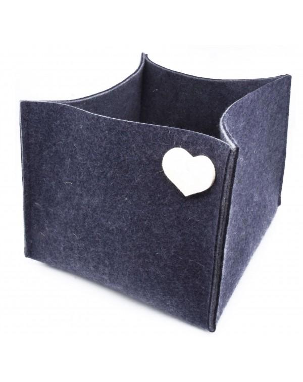 Haunold magazine holder of fine merino wool, blue with white hearts