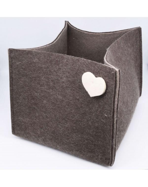 Haunold magazine holder of fine merino wool, brown with white hearts