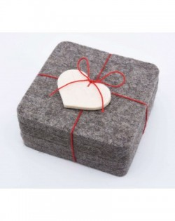 Angular glass coasters, 4 pieces of Haunold fulled felt, natural gray thick